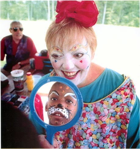 Children 39 s parties clowns atlanta entertainment event for Face painting clowns for birthday parties